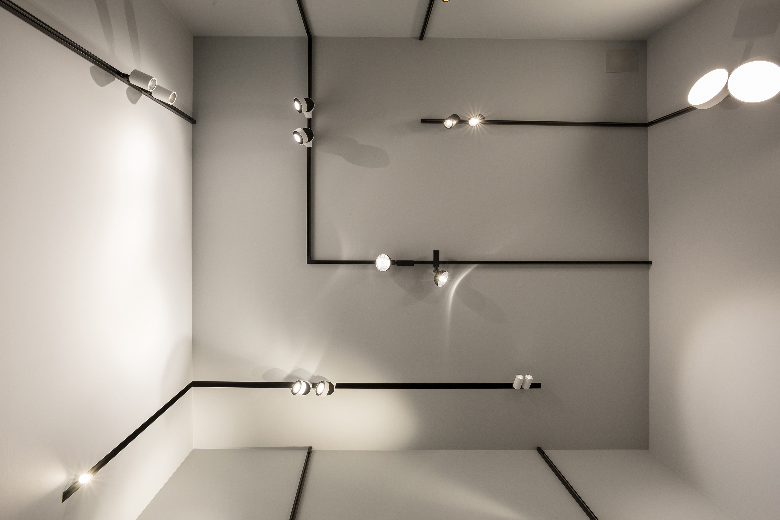 delta light at euroluce 2015 news delta light. Black Bedroom Furniture Sets. Home Design Ideas