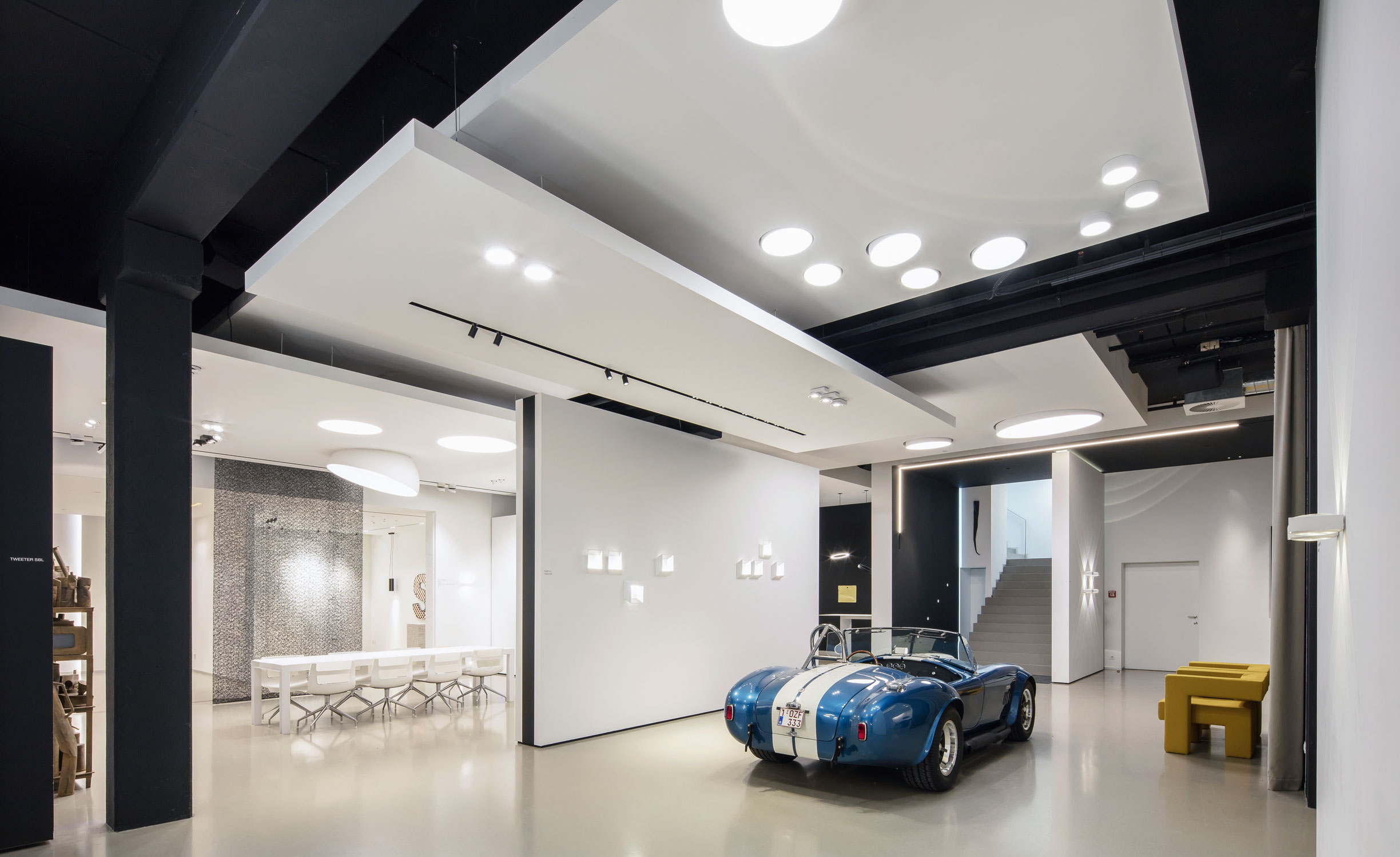 Delta Light Hq Showroom Lb12 Projekt Delta Light